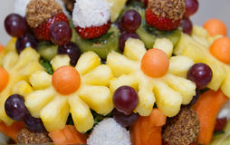 Salade et baies de fruit frais Photographie stock