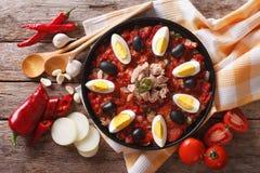 Salade et ingrédients de Mechouia de Tunisien en gros plan dessus horizontal Images stock