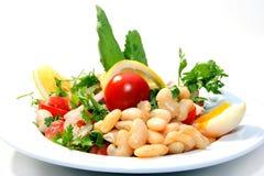 Salade fraîche délicieuse avec des haricots Images libres de droits