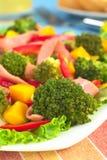 Salade fraîche de broccoli photographie stock libre de droits