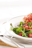 Salade fraîche et Bruschetta Images libres de droits