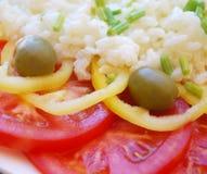Salade fraîche avec du riz Photographie stock