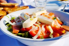 Salade grecque traditionnelle Photo stock