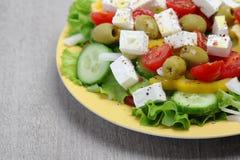 Salade grecque traditionnelle du plat Images libres de droits