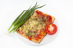 Salade, groenten en pizza Stock Foto's