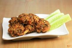 Salade hachée épicée de fruits de mer frite Photos libres de droits