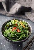 Salade japonaise d'algue Photographie stock