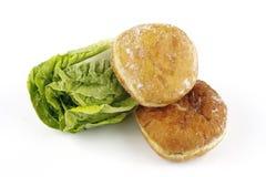 Salade Lettace en de Doughnut van de Jam royalty-vrije stock foto's