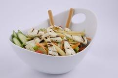 Salade méditerranéenne grillée de fromage de hellim image libre de droits
