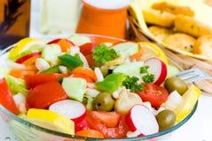 Salade mélangée d'été Photos stock