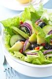 Salade met Avocado Stock Afbeeldingen