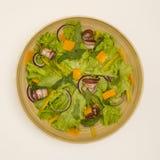 Salade met bacon Stock Afbeeldingen