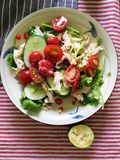 Salade met citroen royalty-vrije stock afbeeldingen