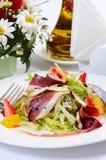 Salade met gerookte eendborst Royalty-vrije Stock Afbeelding
