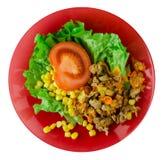 Salade met kippenmagen met wortelen en graan en salade op a Stock Fotografie