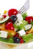 Salade met tomaat, komkommer en olijven Royalty-vrije Stock Afbeeldingen