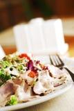 Salade met vlees Royalty-vrije Stock Afbeelding