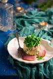 Salade Olivier, Russische salade stock foto's