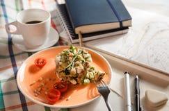 Salade pour le petit déjeuner Images stock