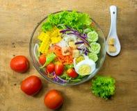 Salade pour le régime et sain frais Photographie stock