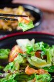 Salade saumonée desséchée Photos stock