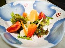 Salade in schotel Royalty-vrije Stock Afbeelding