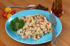Salade turque traditionnelle avec le bulgur Image stock