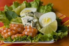 Salade végétale avec des crevettes Image stock