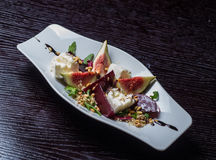 Salade végétale avec des figues Photographie stock