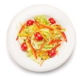 Salade végétale D'isolement sur le blanc Avec le chemin de coupure Images stock