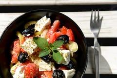 Salade végétale faible en calories avec du fromage Photos libres de droits