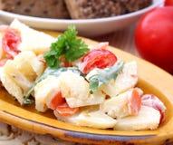 Salade van aardappels Stock Afbeeldingen