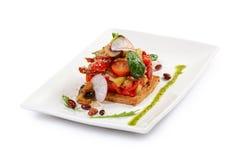 Salade van gebakken aubergines en peper Royalty-vrije Stock Foto