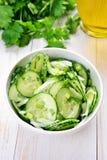 Salade van komkommer en peterselie Stock Foto