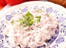 Salade van worst stock afbeeldingen