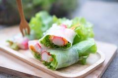 Saladebroodje een gezonde calorie van het voedseldieet stock foto's