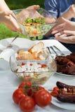 Salades délicieuses sur la partie de gril Photographie stock libre de droits