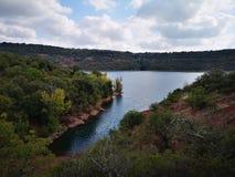 Salagou hemlighet för sjö` s royaltyfria foton