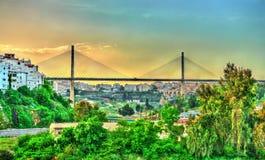 Salah Bey Viaduct über der Rhummel-Schlucht in Constantine, Algerien lizenzfreies stockbild
