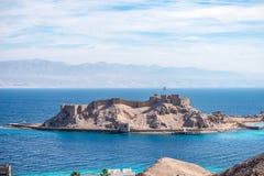 Salah El Din Citadel forte militare antica su una piccola isola sulle rive del Mar Rosso in Sinai fotografia stock