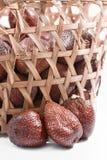 Salak porte des fruits la série 05 Images stock