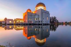 salam清真寺反射 免版税库存照片