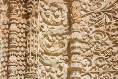 SALAMANCA, ESPAÑA, 2016: El detalle de la decoración gótica al sur del portal de la catedral - Catedral Vieja imagen de archivo libre de regalías