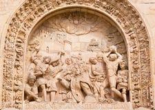 SALAMANCA SPANIEN: Lapidate av St Stephen som detaljen från portal av Convento de San Esteban Fotografering för Bildbyråer
