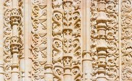 SALAMANQUE, ESPAGNE, 2016 : Le détail de la décoration gothique du portail du sud de la cathédrale - Catedral Vieja Photos libres de droits