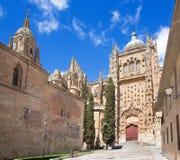 SALAMANQUE, ESPAGNE, 2016 : Le portail gothique du sud de Catedral Vieja - vieille cathédrale Photo stock
