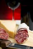 Salame, queso y vino Fotografía de archivo