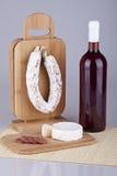 Salame squisito, formaggio, vino Fotografia Stock