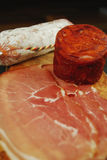 Salami, Chorizo und trocknen kurierten Schinken Stockfoto