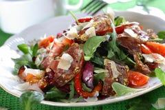 Salami com vegetais Imagens de Stock Royalty Free